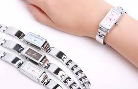 đồng hồ mặt chữ nhật nữ