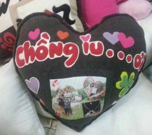 gối trái tim in chữ