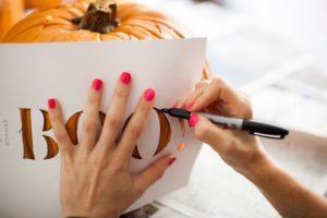 cách tỉa bí ngô halloween6