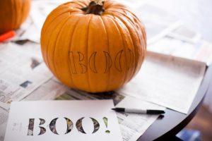 cách tỉa bí ngô halloween7